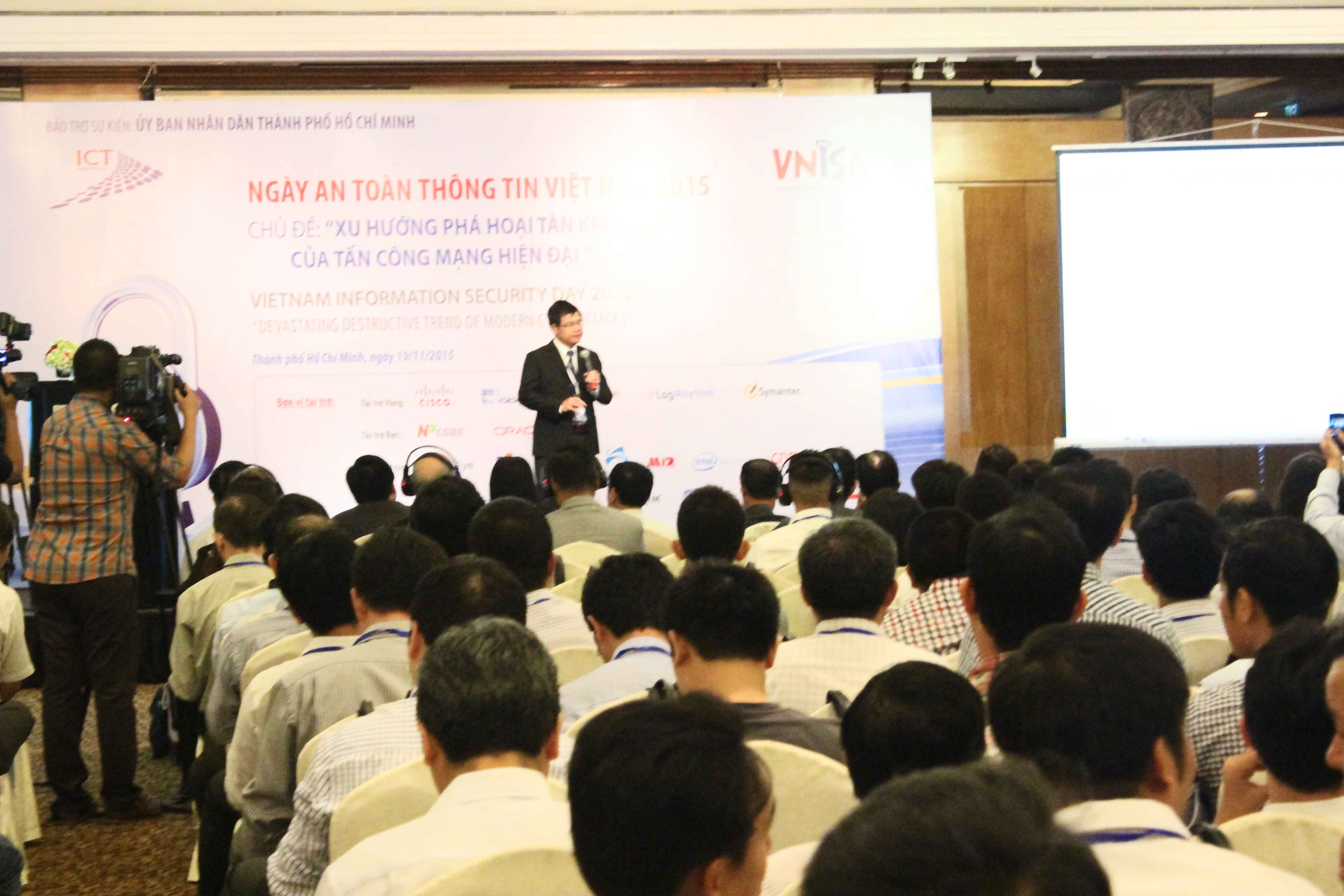 """Mắt Bão chia sẻ vấn đề bảo vệ tên miền trong """"Ngày an toàn thông tin Việt Nam 2015"""""""