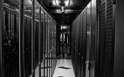 Tìm mua hosting ở đâu an toàn